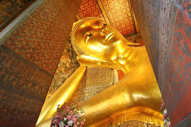 Halfday Join Tour Worship Trip to Reclining Buddha Bangkok