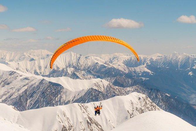 Paragliding in Gudauri - private trip from Tbilisi with Mtskheta, Jvari, Ananuri