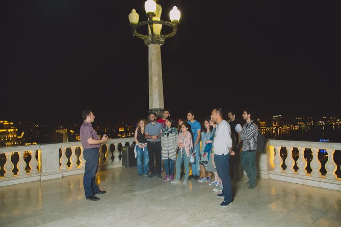 Baku on a Night Sightseeing Tour
