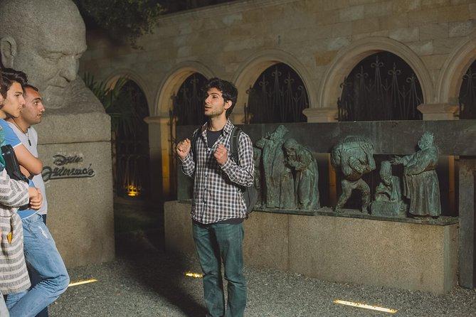 Baku on a Night Sightseeing Tour