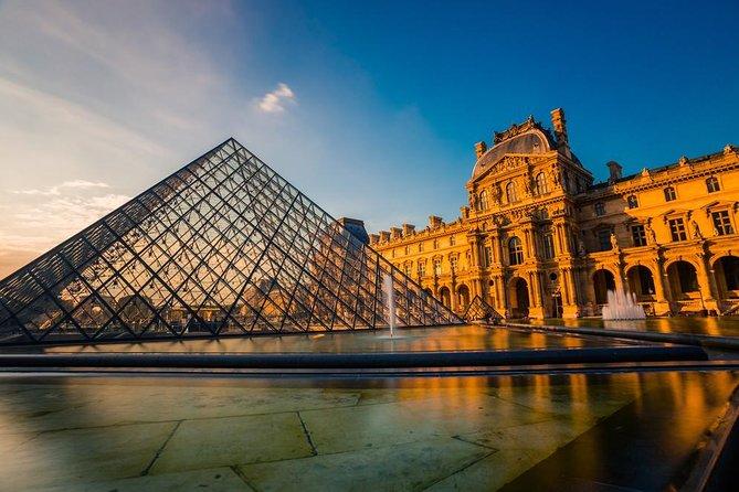 8 hour Paris Guided Tour including Louvre Masterpieces private tour