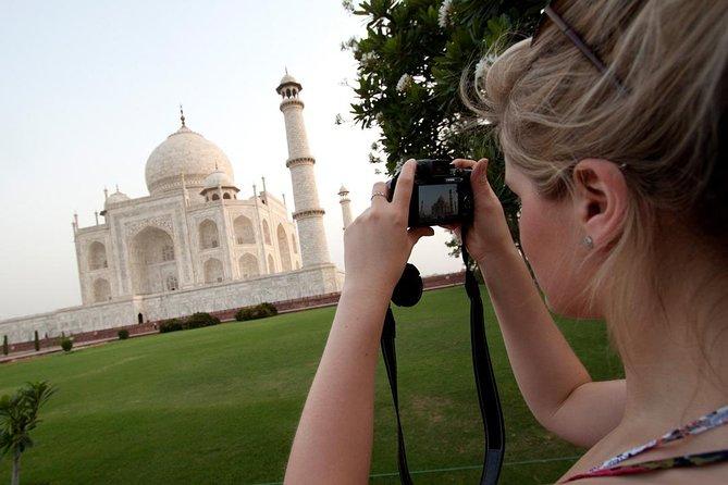 Same Day Agra Taj Mahal Tour by Gatimaan Express Train
