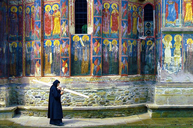 Private day trip from Iasi to the UNESCO Painted Monasteries in Bucovina