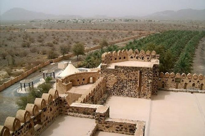 Oman day tours,Jabrin,Bahla,Nizwa