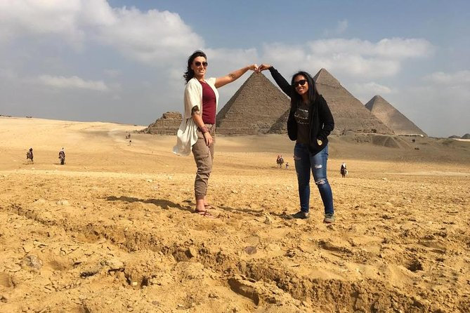 Cairo - layover-private tour Giza pyramids and Egyptian museum