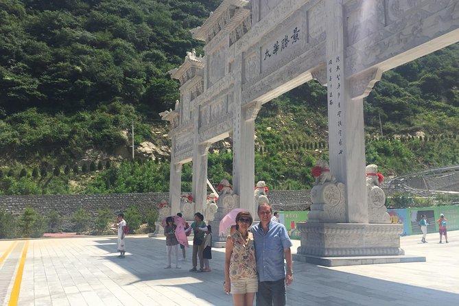 Full Day Xi'an Private Tour of Huashan Mountain Adventure