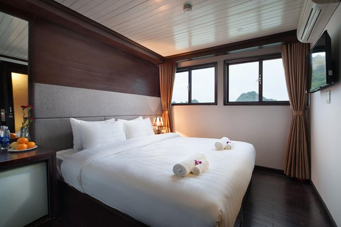 The Best Cruise To Explore Halong Bay photo 8