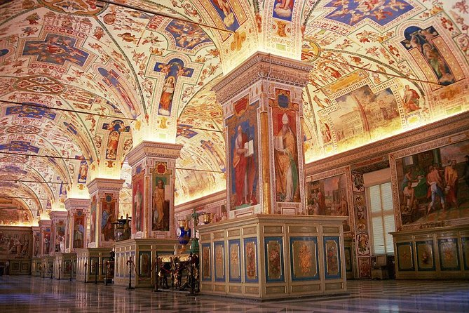 Early Morning Tour: Vatican Museums, Sistine Chapel with Transfer photo 2