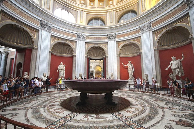 Small Group Tour: Vatican Museums and Basilica with Hotel Pick-up