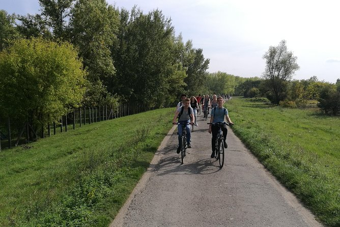 Budapest to Szentendre bike & boat tour