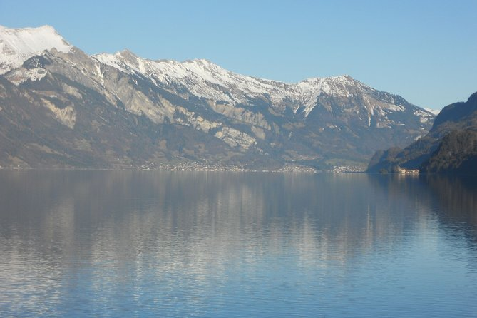 Waterfalls, Lake Thun, and Lake Brienz Private Tour from Interlaken