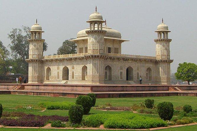 Same Day Taj Mahal Tour By Train - Gatimaan Express