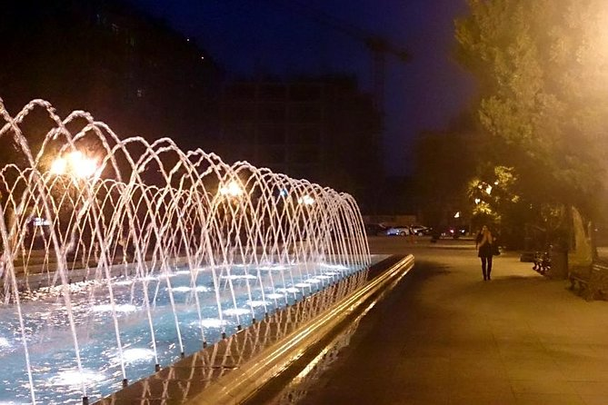 Baku by Night: Small-Group Walking Tour