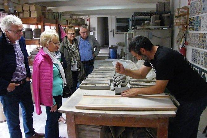 Azulejos de Azeitão - Best tiles factory of Portugal - local guiding