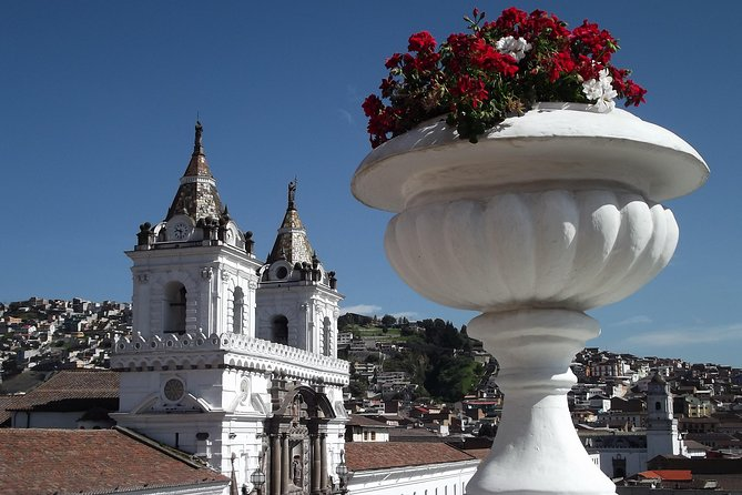 Quito & Middle of the World (PRIVATE Day Trip)