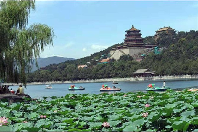 Private Guide Tour to Mutianyu Great Wall&Summer Palace with Luch Included