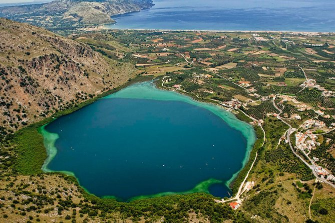 West Crete and the natural sweet Lake of Kournas! Tour from Heraklion