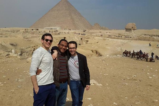 5 hours Giza pyramids camel ride and lunch