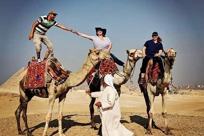 Best Private Tour of the Pyramids,Egyptian Museum & Bazaar& Camel Ride & Lunch