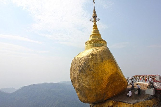 Private Overnight Golden Rock and Bago Tour from Yangon