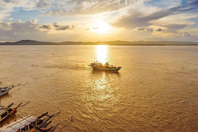Private Bagan Mt-Popa sightseeing and sunset boat ride in Ayeyarwaddy River photo 1
