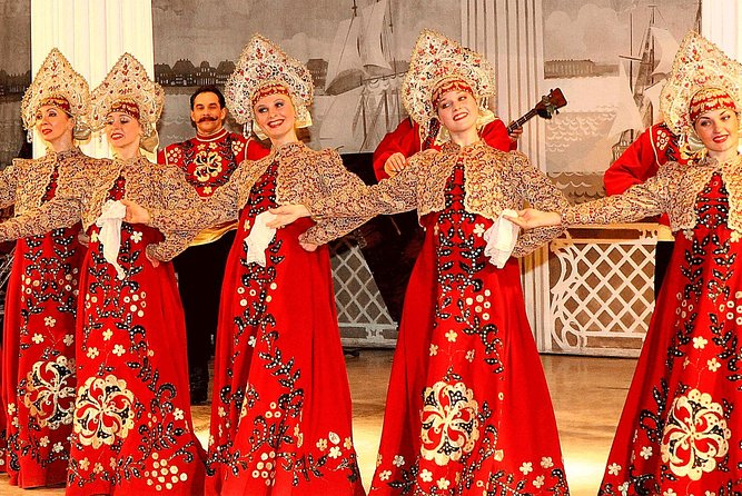 Skip the Line:Folklore Show Ticket in Nikolaevsky Palace
