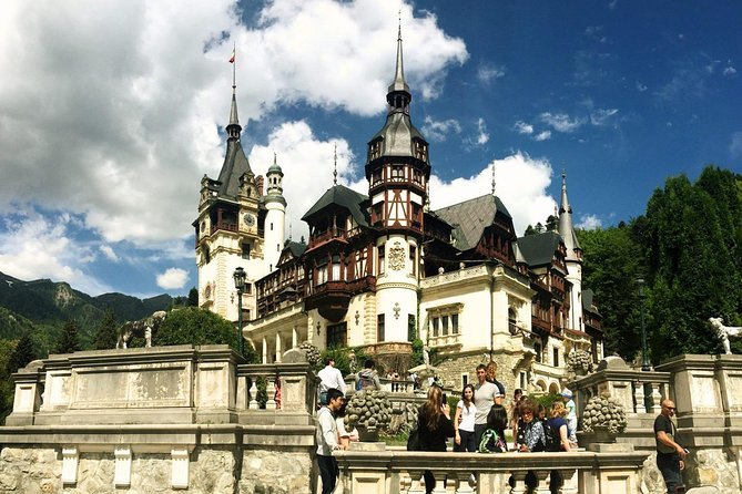 Private Tour to Dracula & Peles Castle from Bucharest
