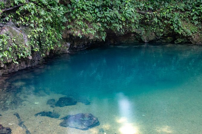In-Land Blue Hole National Park and Belmopan City Tour From Belize City