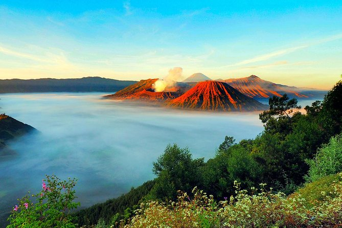 Bromo Tour Package: Midnight Bromo Open Trip from Batu