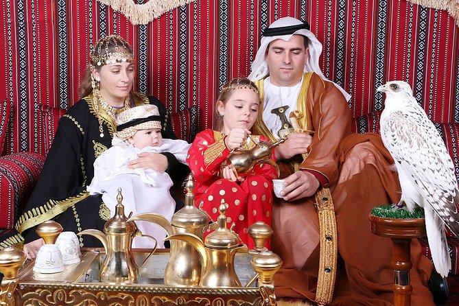 Abu Dhabi Central Market Souk Tour and UAE Costume Photoshoot 2019