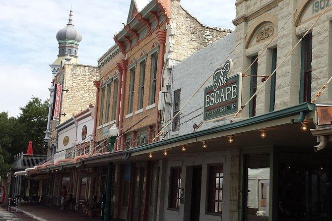Historic Downtown Walking Tour in Austin