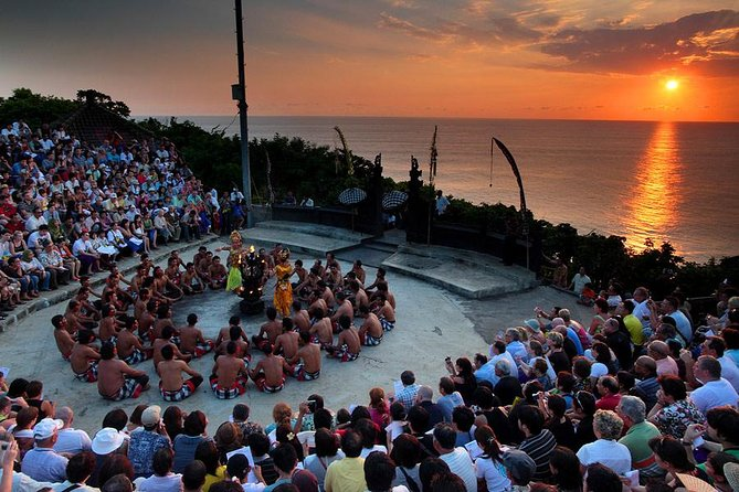 Bali Sunset: Uluwatu Temple, Kecak Dance and Jimbaran