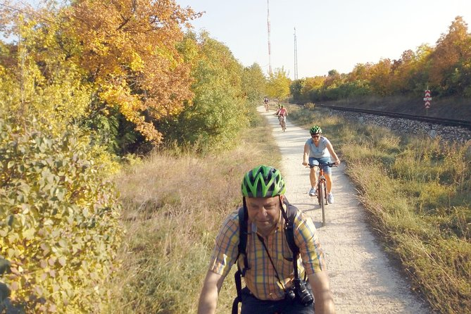 Adventure Bicycle Sightseeing Tour: Downtown - Budapest Hills