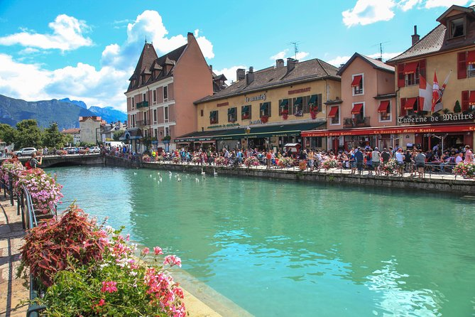 Annecy, the Venice of the Alps private tour