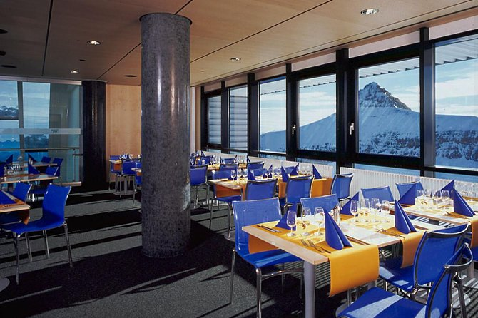 Glacier 3000 Gold Tour, Aperitif and Montreux Day Trip From Geneva