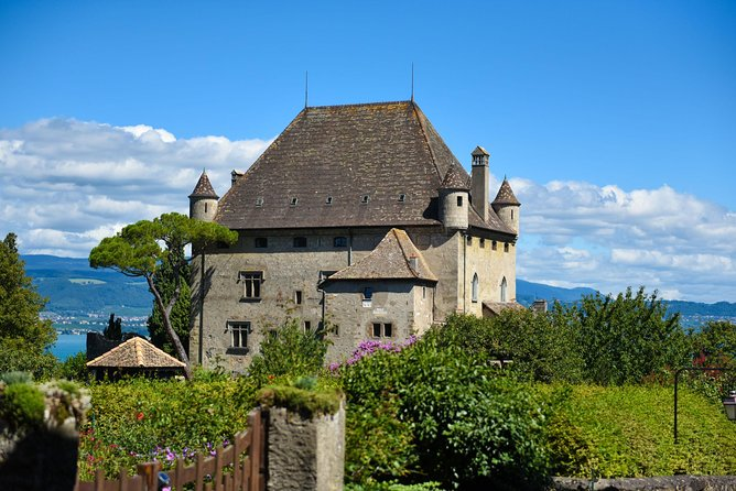 Private trip from Geneva to Yvoire and Évian-les-Bains in France