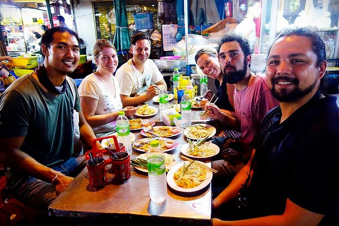PRIVATE - STEET FOOD TOUR CHINA TOWN incl. food and drinks