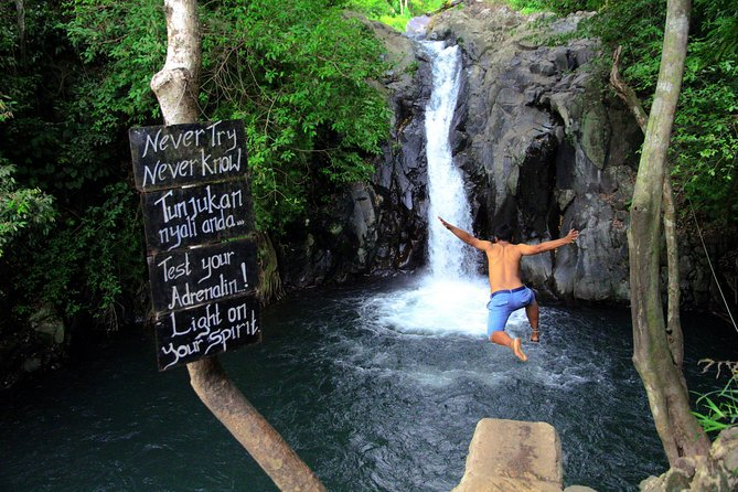 Private Tour to Sambangan & Aling-Aling Waterfalls
