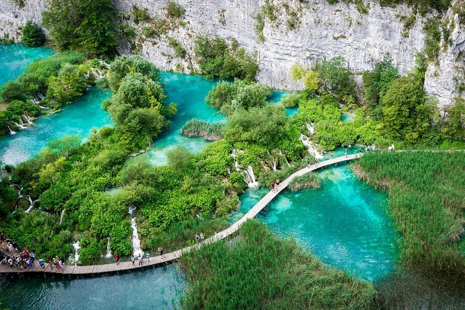 Transfer from Dubrovnik to Plitvice Lakes photo 2