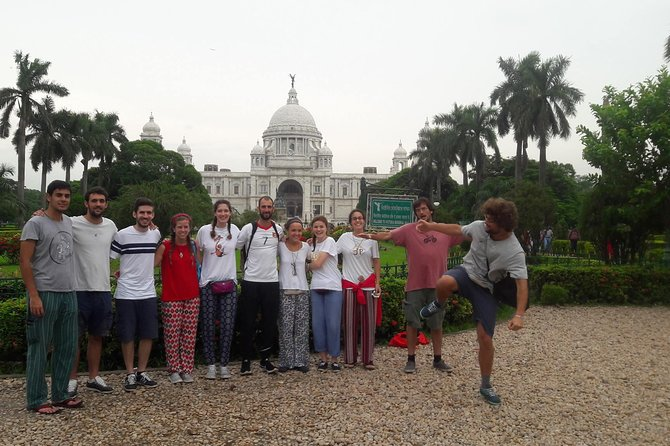 Tour de Kolkata is an ideal tour for tourist who wants to explore Kolkata