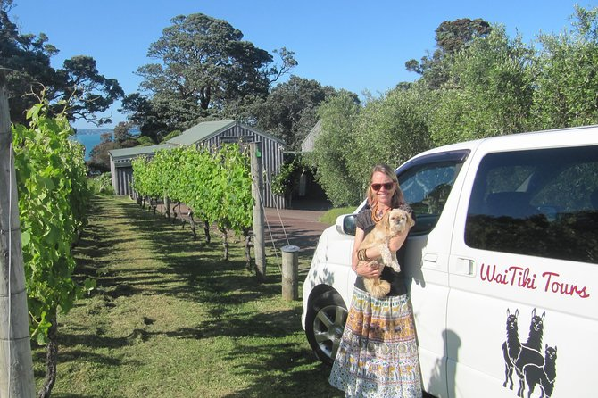 Full-Day Tour of Waiheke Island including Wine Tastings