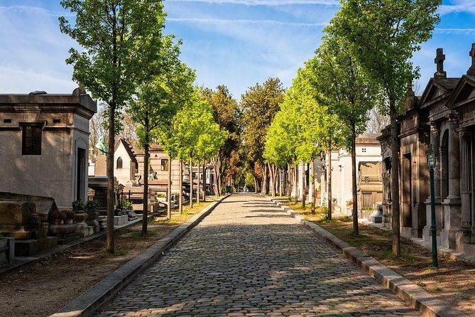 Pere Lachaise cemetery Private tour