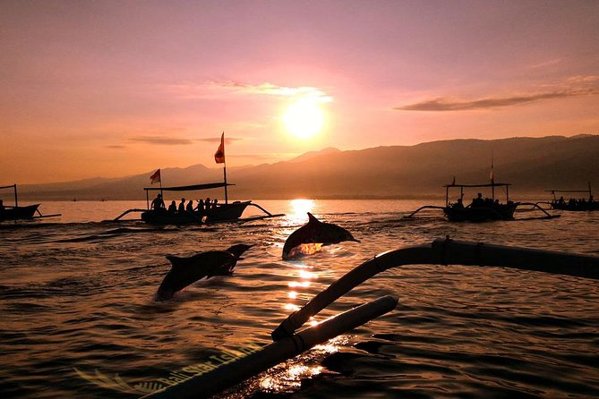 Private Tour in Bali: Dolphin and Sunrise Watching in Lovina Beach