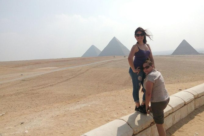 Giza pyramids and Cairo museum tour from sharm el sheikh by round flight