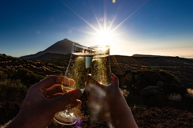 Sunset & Stargazing Experience in Teide with a Glass of Cava
