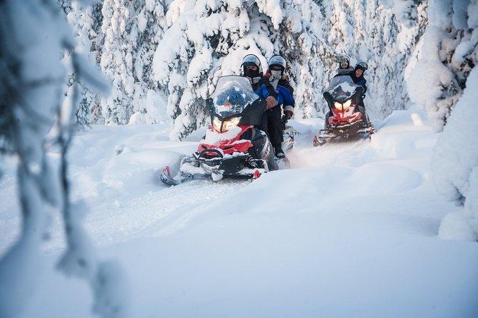 Snowmobiling in Rovaniemi