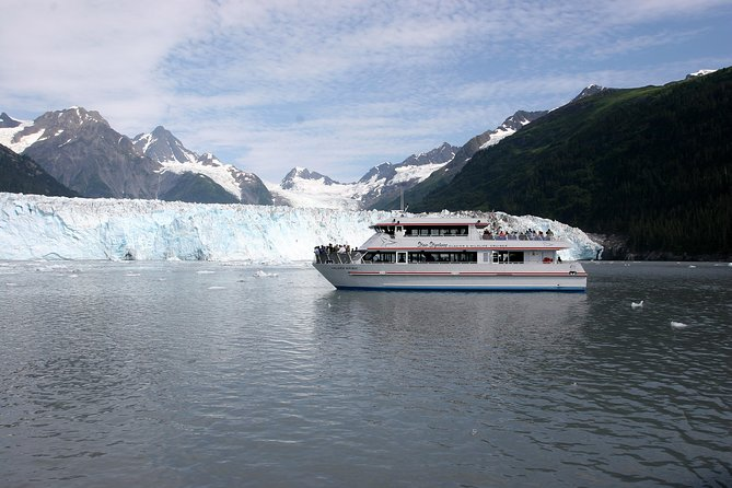 Meares Glacier Cruise Excursion from Valdez