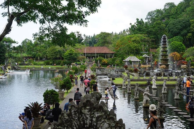 Private Full Day Tour of Tirta Gangga and Virgin Beach
