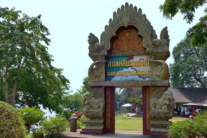 Chiang Rai & Golden Triangle in a day