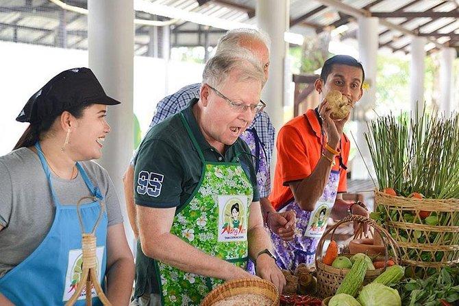 Thai Set Menus at The Printing House Poshtel Bangkok